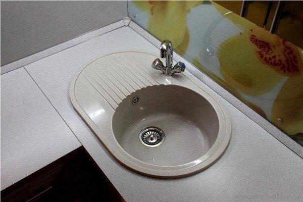 Отсутствие воды - главная причина того, чтобы тараканы покинули Ваше жилище