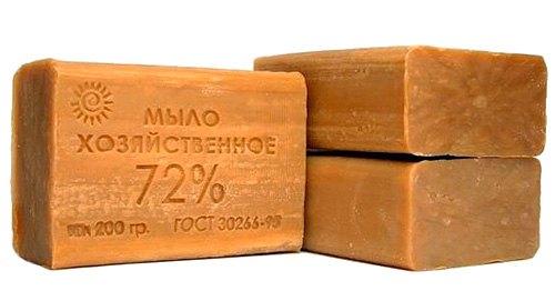 Хозяйственное мыло: народное средство от моли