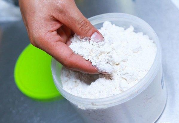 Мучной клещ способен испортить огромное количество зерна