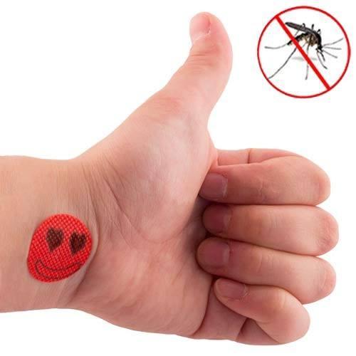Специальные наклейки от комаров