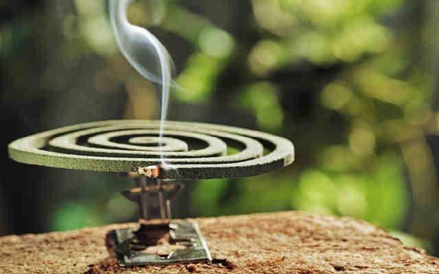 Спираль от комаров можно использовать на природе